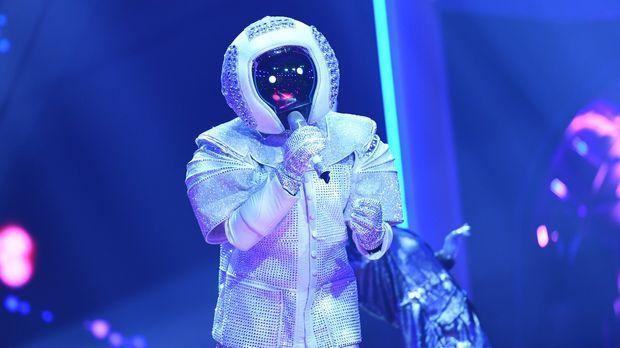 The Masked Singer Astronaut Mit Space Oddity Von David Bowie