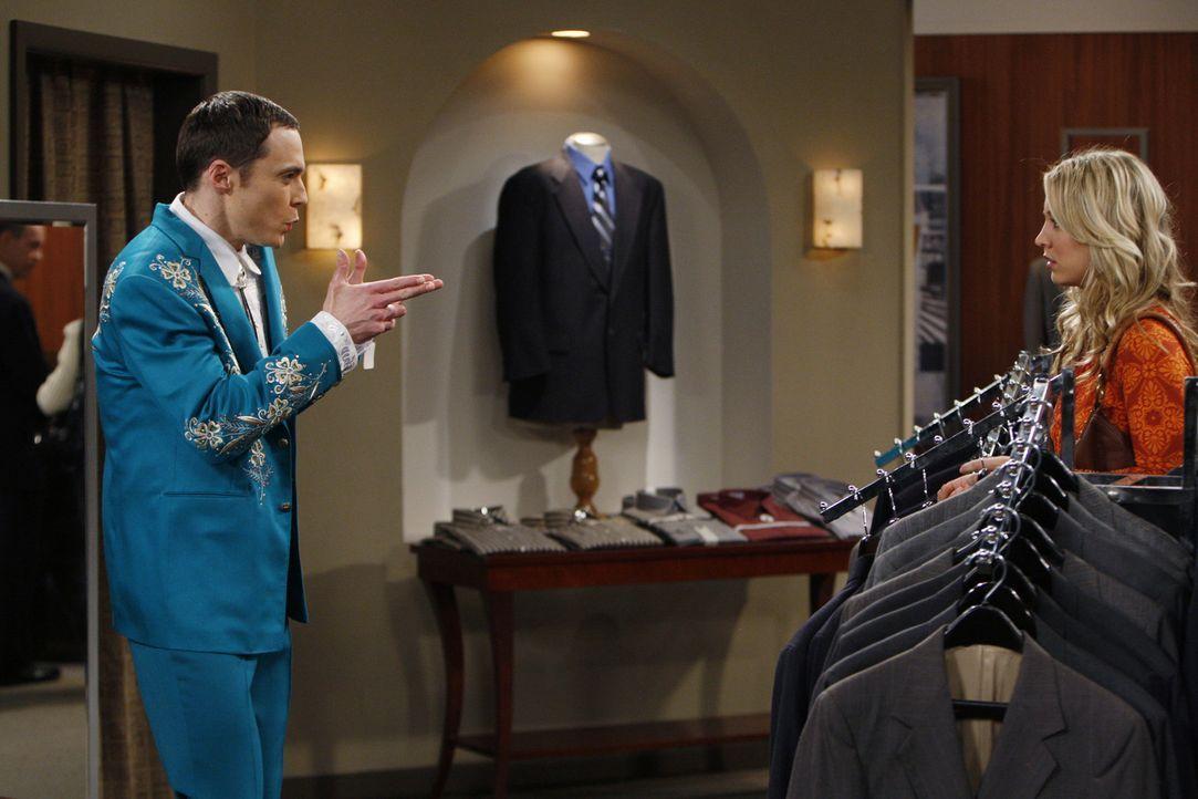 Auf der Suche nach der richtigen Garderobe für den Wissenschaftspreis: Sheldon (Jim Parsons, l.) und Penny (Kaley Cuoco, r.) ... - Bildquelle: Warner Bros. Television