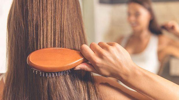 Lange Haare wollen gepflegt werden! Damit deine Langhaarfrisur auch mit gesun...
