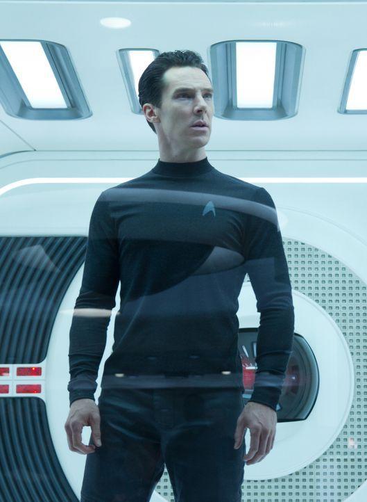 """John Harrison """"Khan"""" (Benedict Cumberbatch) verfolgt einen dunklen Plan: Er hat eine alte Rechnung zu begleichen und dafür ist ihm jedes Mittel rech... - Bildquelle: Zade Rosenthal 2013 Paramount Pictures.  All Rights Reserved."""