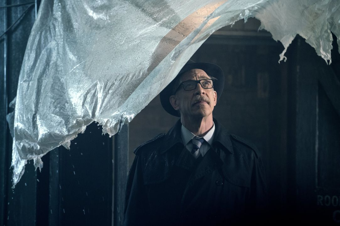 Commissioner Gordon (J.K. Simmons ) - Bildquelle: Warner Bros.