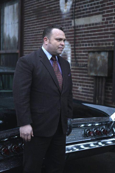 Butch (Drew Powell) und Tabitha beschließen, Barbara zu töten. Eine dumme Idee ... - Bildquelle: Warner Brothers