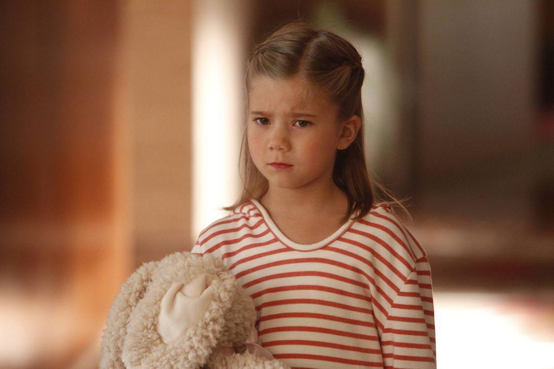 Um mit der Trennung ihrer Eltern zurechtzukommen, erfindet Natalie (Rachel Egglestone) eine Mitschülerin, die immer gemein zu ihr ist ... - Bildquelle: 2013 American Broadcasting Companies. All rights reserved.