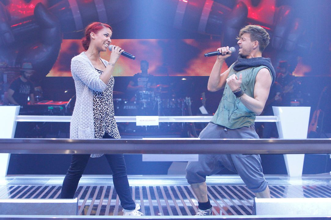 battle-luca-vs-jenna-14-the-voice-of-germany-huebnerjpg 1700 x 1133 - Bildquelle: SAT1/ProSieben/Richard Hübner