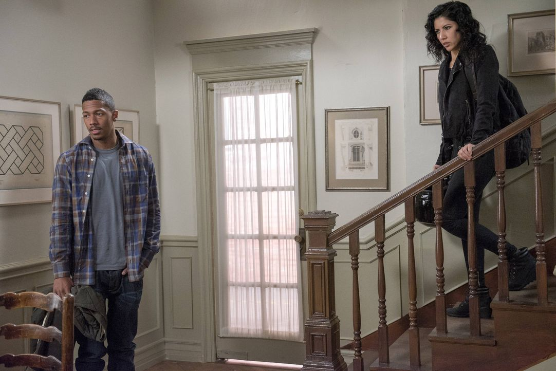 Marcus (Nick Cannon, l.); Rosa Diaz (Stephanie Beatriz, r.) - Bildquelle: Erica Parise 2014 UNIVERSAL TELEVISION LLC. All rights reserved / Erica Parise