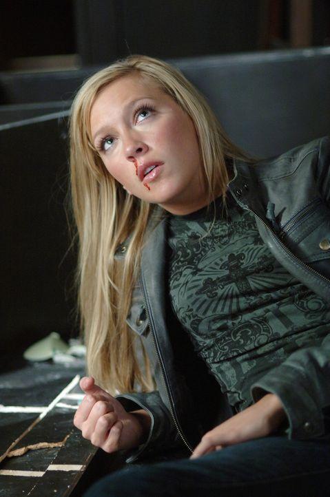 Gut oder Böse? Ruby (Katie Cassidy) ... - Bildquelle: Warner Bros. Television