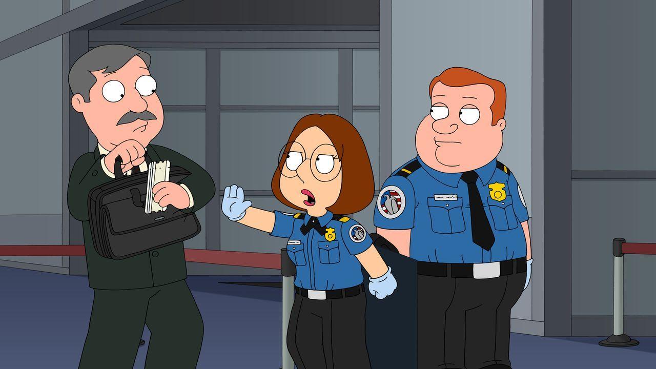 Der neue Job am Flughafen hat es Meg (M.) angetan, doch sie macht sich unwissend eine Menge Feinde ... - Bildquelle: 2015-2016 Fox and its related entities. All rights reserved.