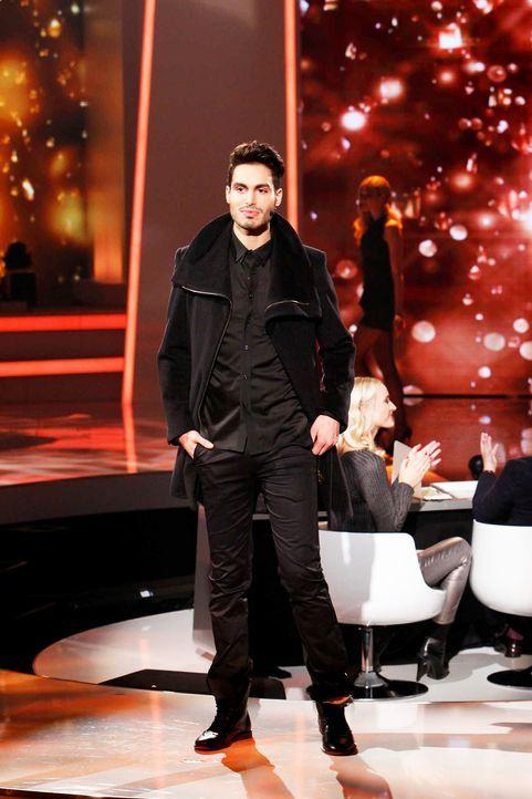 Fashion-Hero-Epi06-Gewinneroutfits-Rayan-Odyll-s-Oliver-06-Richard-Huebner - Bildquelle: Richard Huebner