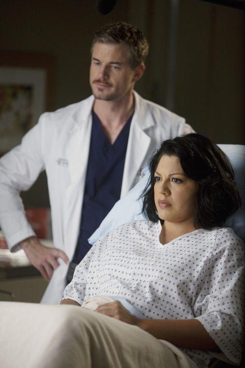 Callie (Sara Ramirez, r.) berichtet Mark (Eric Dane, l.) von ihrer Schwangerschaft. Dieser freut sich darauf, Vater zu werden, bis ihm plötzlich be... - Bildquelle: ABC Studios