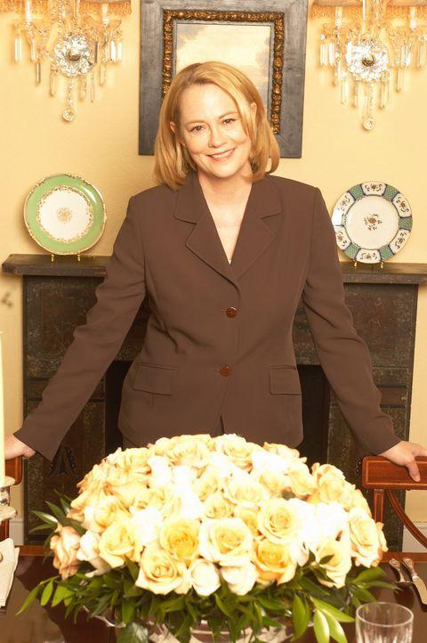 Aus einem kleinen Catering-Betrieb hat Martha Stewart (Cybill Shepherd) ein erfolgreiches Unternehmen gemacht, indem sie ihren Mitmenschen beibringt... - Bildquelle: TM &   2009 CBS Studios Inc. All Rights Reserved.