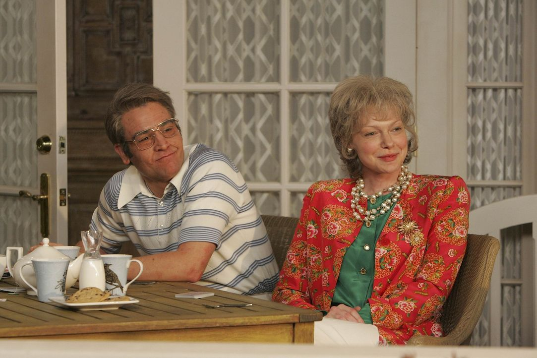 Ted (Josh Radnor, l.) und Karen (Laura Prepon, r.) als Rentner gemeinsam Bridge spielend auf der Veranda? Nein, danke! - Bildquelle: 20th Century Fox International Television