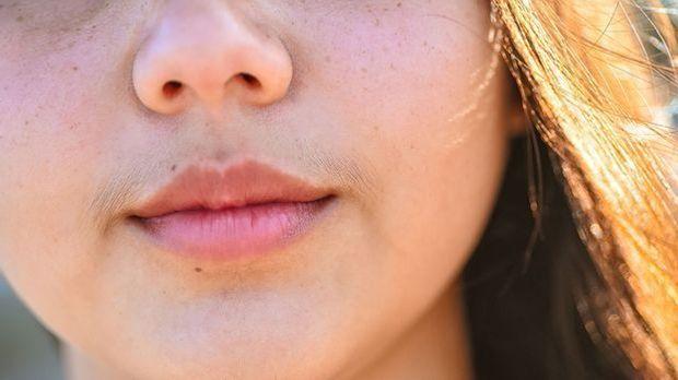 Tipps, um den Damenbart zu entfernen
