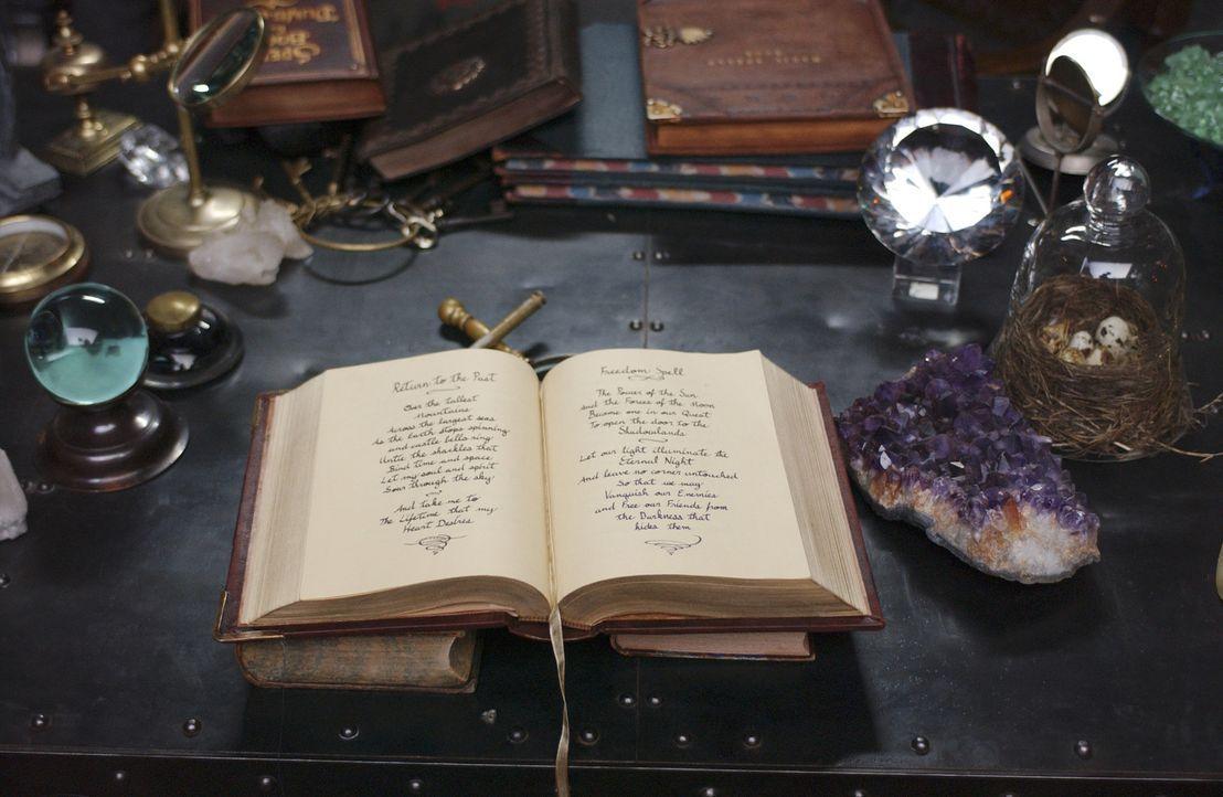 Birgt einen Haufen Geheimnisse in sich: das magische Zauberbuch ... - Bildquelle: Disney - ABC - ESPN Television