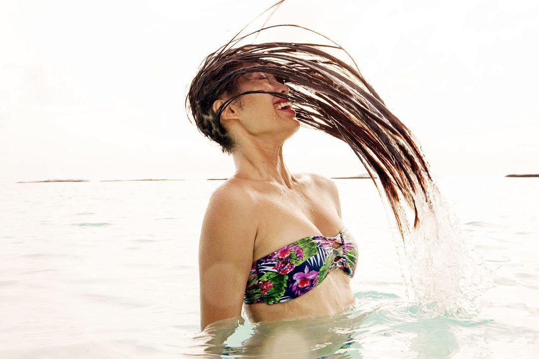 GNTM-Stf10-Epi13-Bikini-Shooting-Malediven-139-Anuthida-ProSieben-Boris-Breuer - Bildquelle: ProSieben/Boris Breuer