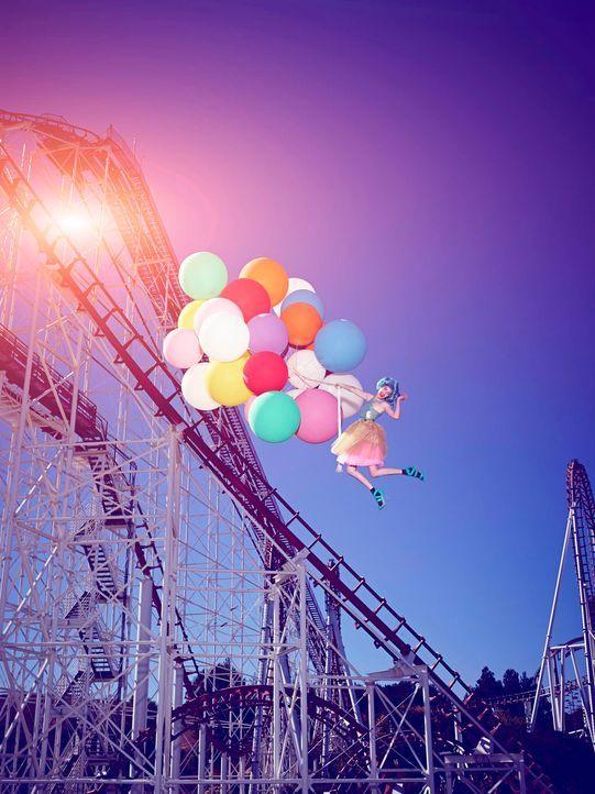 GNTM-Stf09-Epi03-BallonShooting-Sarah-ProSieben-Brian-Bowen-Smith