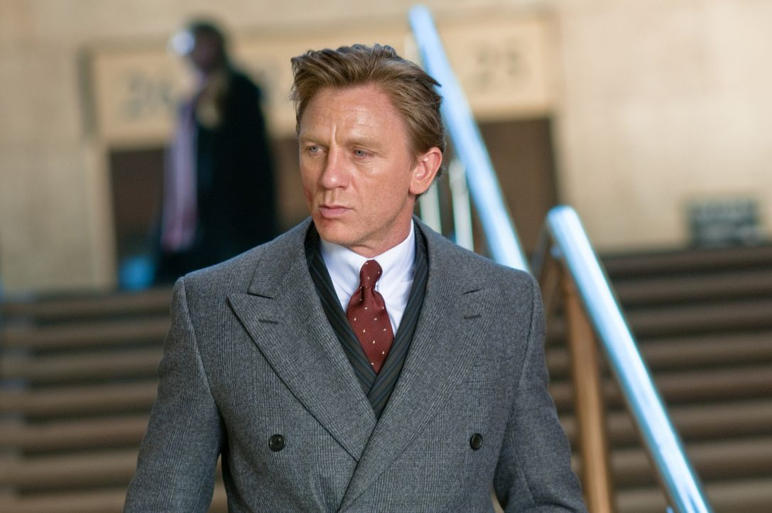 Nachdem Will Atenton (Daniel Craig) mit seiner Familie in ein neues Haus auf dem Land gezogen ist, passieren seltsame Dinge ... - Bildquelle: 2011 Universal Studios