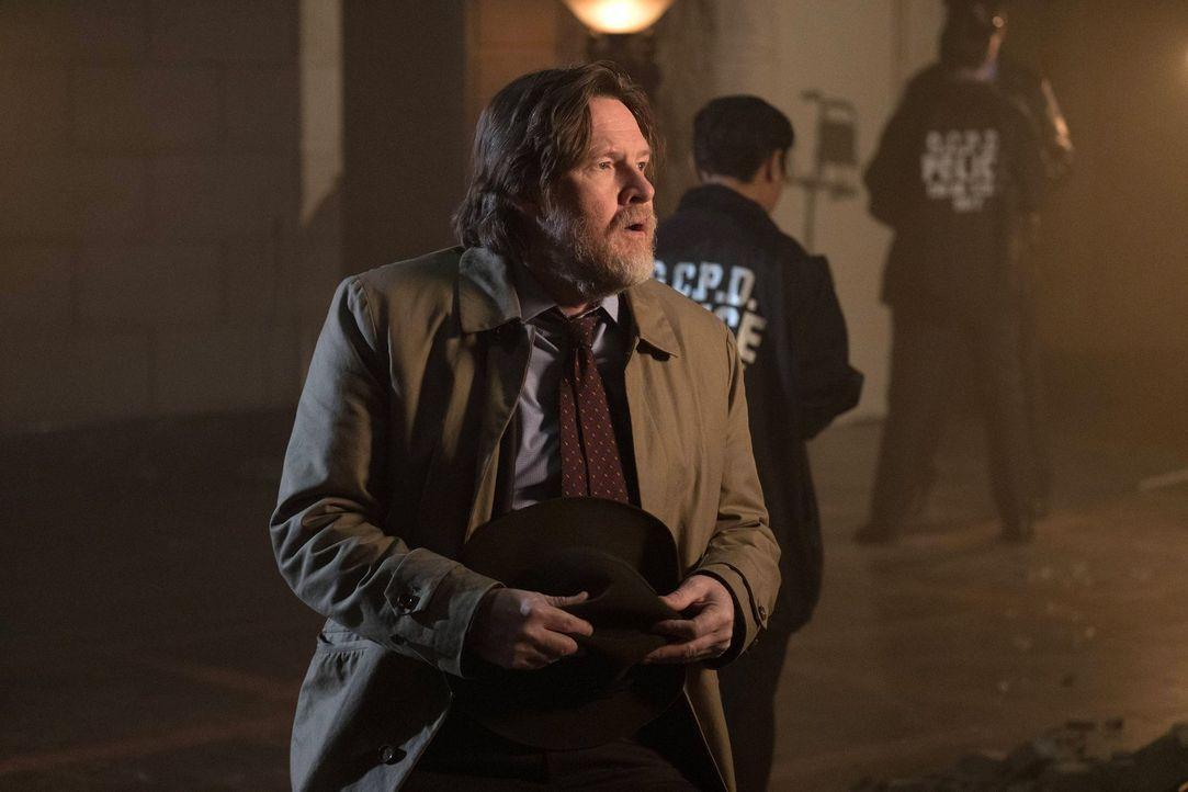 Als Bullock (Donal Logue) eine Begegnung macht, bei der er die wichtigsten Geheimnisse der Unterwelt erfährt, gerät er mit seinem Partner Gordon in... - Bildquelle: Warner Brothers