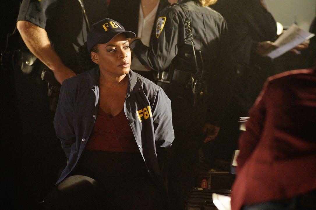 Glaubt an die Unschuld von Alex, doch wird Miranda (Aunjanue Ellis) damit wirklich Recht behalten? - Bildquelle: 2015 ABC Studios