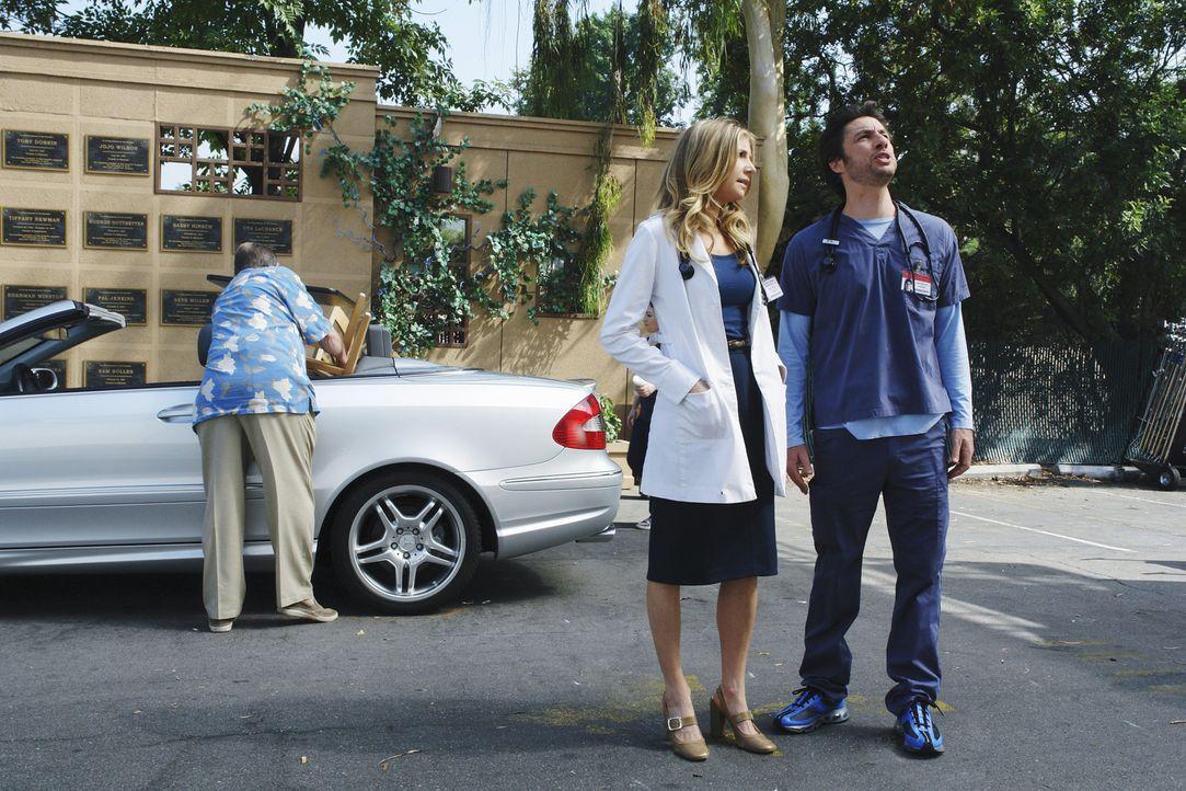 Elliot (Sarah Chalke, M.) hat sich viel Mühe gegeben und für J.D. (Zach Braff, r.) zum Abschied eine besondere Überraschung vorbereitet ... - Bildquelle: Touchstone Television