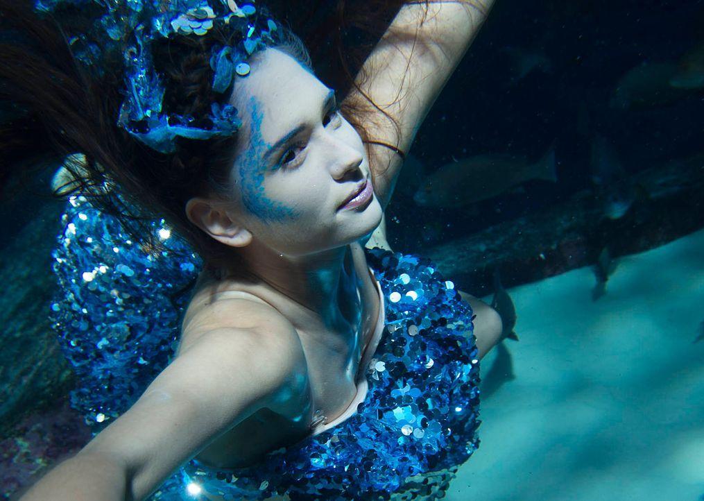 gntm-stf08-epi02-unterwasser-shooting-veronica-russ-kientschjpg 1602 x 1139 - Bildquelle: Russ Kientsch