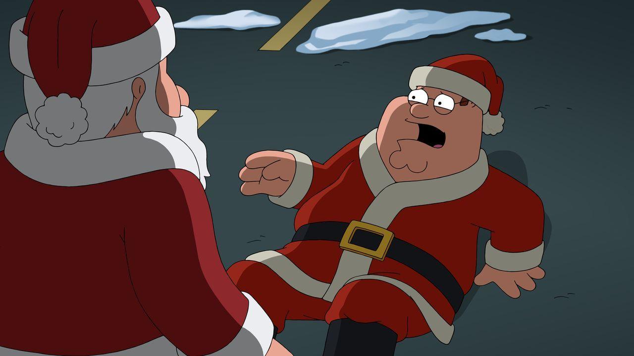Er schmückt sich mit fremden Federn: Als sich Peter (r.) die Rolle als Weihnachtsmann zunutze macht und diese schamlos auslebt, schreitet der echte... - Bildquelle: 2016-2017 Fox and its related entities.  All rights reserved.