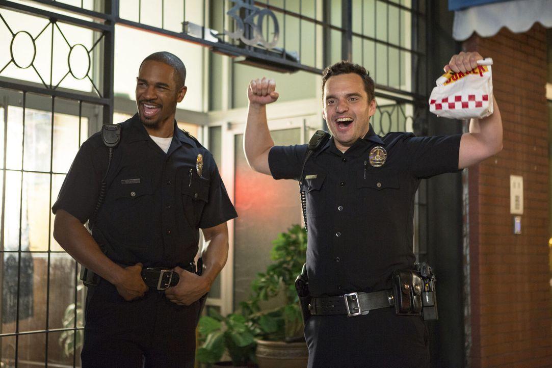 Lets-be-Cops-10-2014Twentieth-Century-Fox