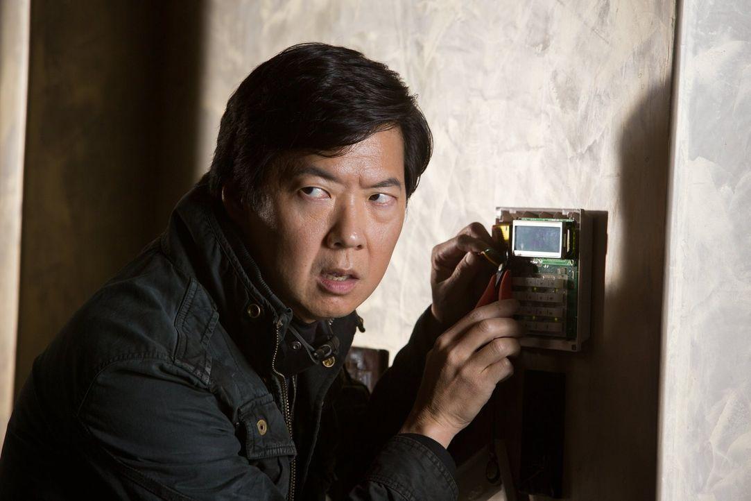 Ist immer für eine Überraschung gut: Schlitzohr Leslie Chow (Ken Jeong) ... - Bildquelle: 2013 Warner Brothers