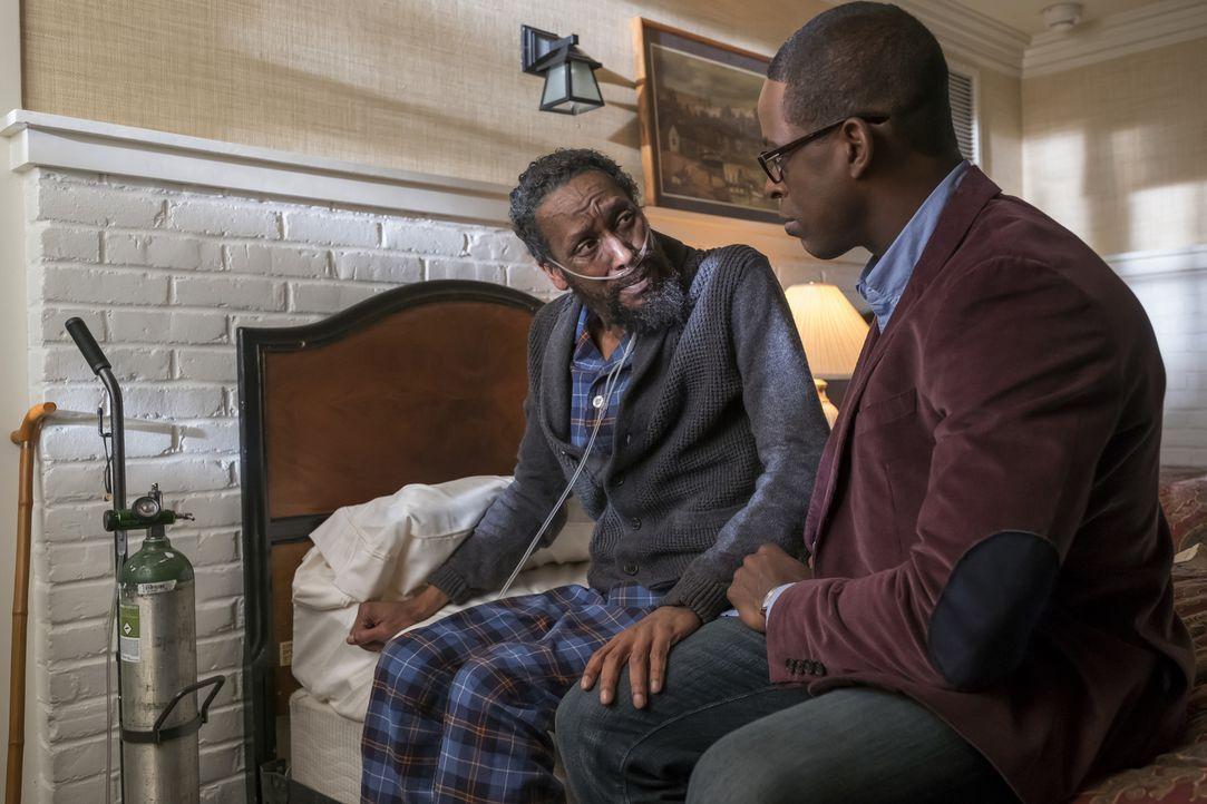 Randall (Sterling K. Brown, r.) möchte mit seinem Vater William (Ron Cephas Jones, l.) einen Road Trip nach Memphis machen, um mehr über ihn zu erfa... - Bildquelle: Ron Batzdorff 2016-2017 Twentieth Century Fox Film Corporation.  All rights reserved.   2017 NBCUniversal Media, LLC.  All rights reserved.