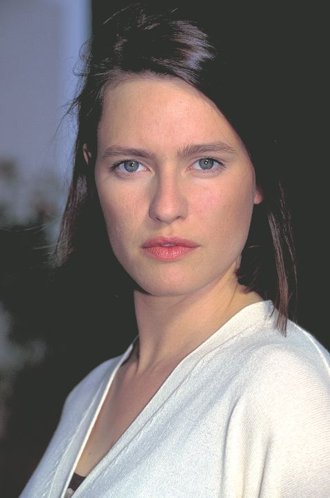 Die blinde Mascha Reinhard (Nina Kronjäger) ist trotz ihrer Behinderung durchaus in der Lage, ihren Alltag selbstständig zu meistern. Doch eines T... - Bildquelle: ProSieben