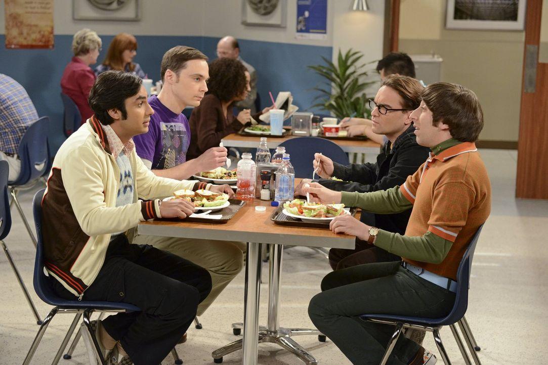 Howards (Simon Helberg, r.) Junggesellenabschied steht bevor. Sheldon (Jim Parsons, 2.v.l.), Leonard (Johnny Galecki, 2.v.r.) und Raj (Kunal Nayyar,... - Bildquelle: Warner Bros. Television