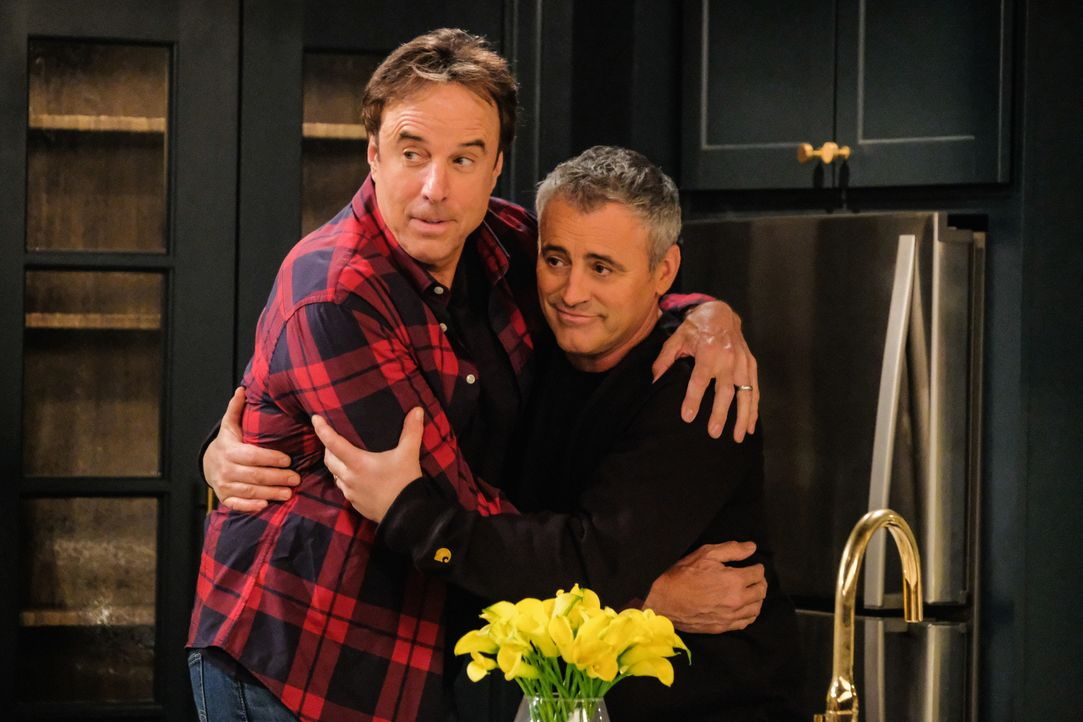 Don Burns (Kevin Nealon, l.); Adam Burns (Matt LeBlanc, r.) - Bildquelle: Darren Michaels 2018 CBS Broadcasting, Inc. All Rights Reserved. / Darren Michaels