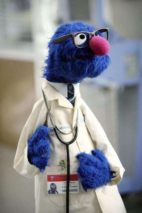 J.D. trifft in seinen Visionen auf einen ganz besonderen Gast: Grover - Bildquelle: Touchstone Television