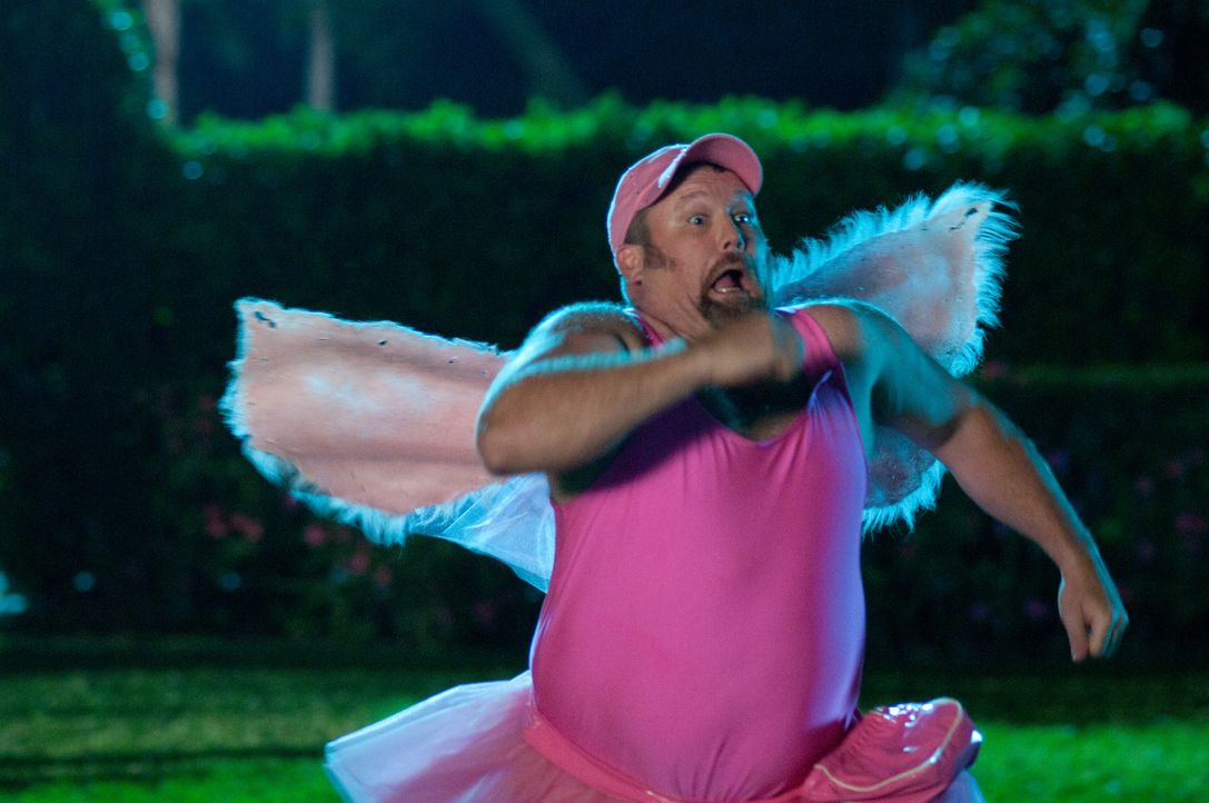 Im Wettlauf mit der Zeit: Larry (Larry the Cable Guy) bleiben nur zehn Tage, um Brooks Hochzeit mit einem schleimigen Politiker zu verhindern ... - Bildquelle: Jon Farmer 2011 Twentieth Century Fox Film Corporation and Walden Media, LLC. All rights reserved.