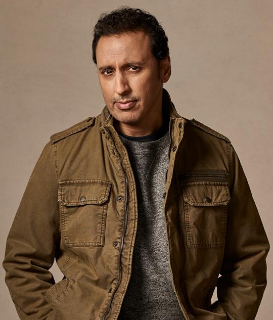 Ben Shakir (Aasif Mandvi)