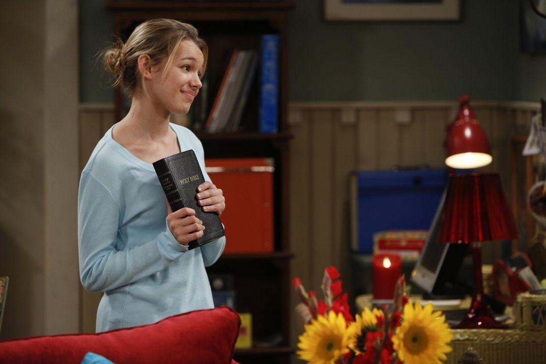 Als hätte Christy nicht schon genug Schwierigkeiten damit, dass ihre Mutter Bonnie auf einmal eine tiefgreifende moralische Wandlung durchzumachen s... - Bildquelle: Warner Brothers Entertainment Inc.