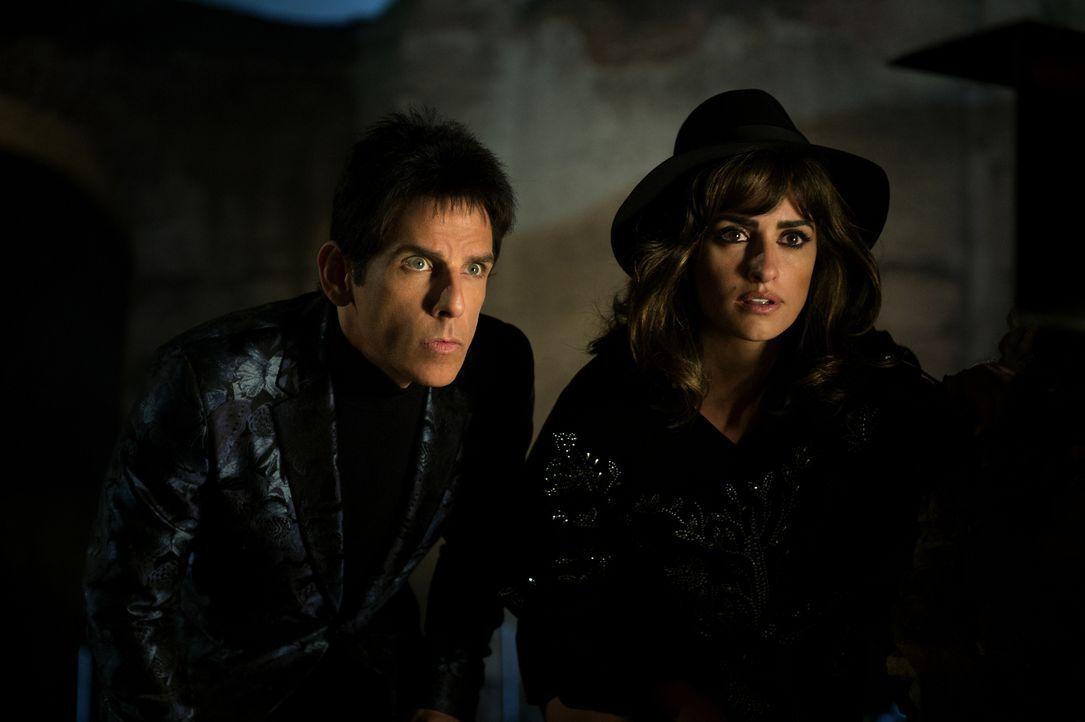 Nachdem eine Serie von Morden die Welt erschüttert, wird Derek (Ben Stiller, l.) beauftragt, mit dem ehemaligen Model Valentina Valencia (Penélope C... - Bildquelle: 2016 Paramount Pictures
