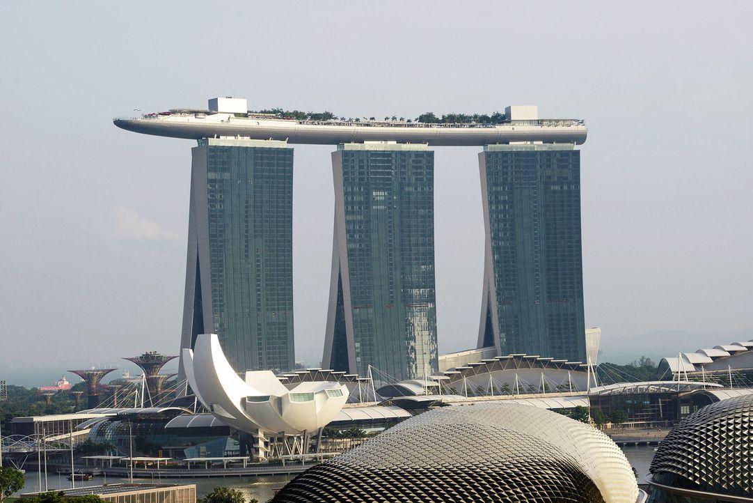 GNTM-Stf09-Epi01-Singapur-Ankunft-07-ProSieben-Oliver-S - Bildquelle: ProSieben/Oliver S.