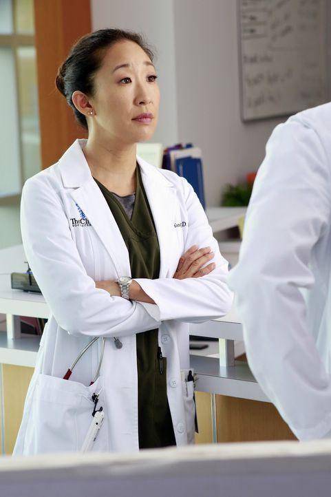 Während Cristina (Sandra Oh) ihre Teamfähigkeit beweisen muss, ist Bailey von ihren ehemaligen Schützlingen genervt ... - Bildquelle: ABC Studios