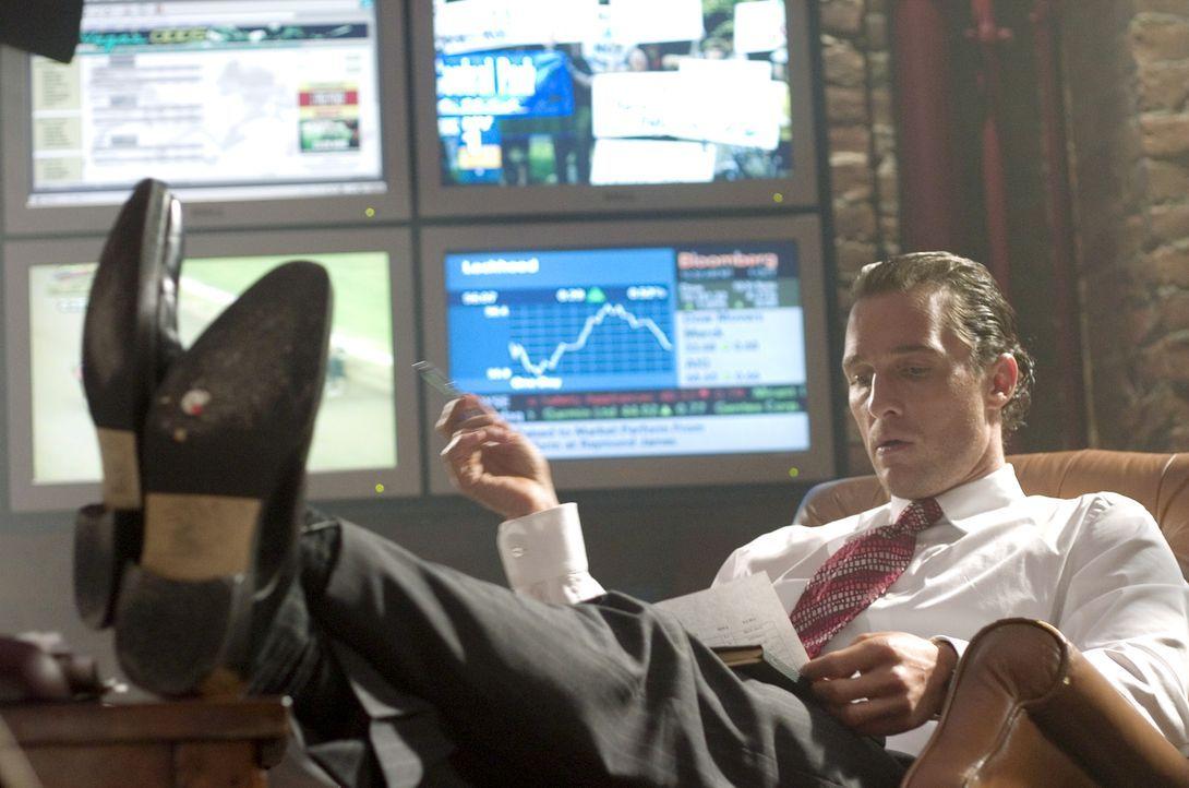 Zockt mit Millionen: Brendon (Matthew McConaughey) kann dank seiner hellseherischen Fähigkeiten zunächst Millionen erwetten. Doch dann verlässt ihn... - Bildquelle: Morgan Creek Productions