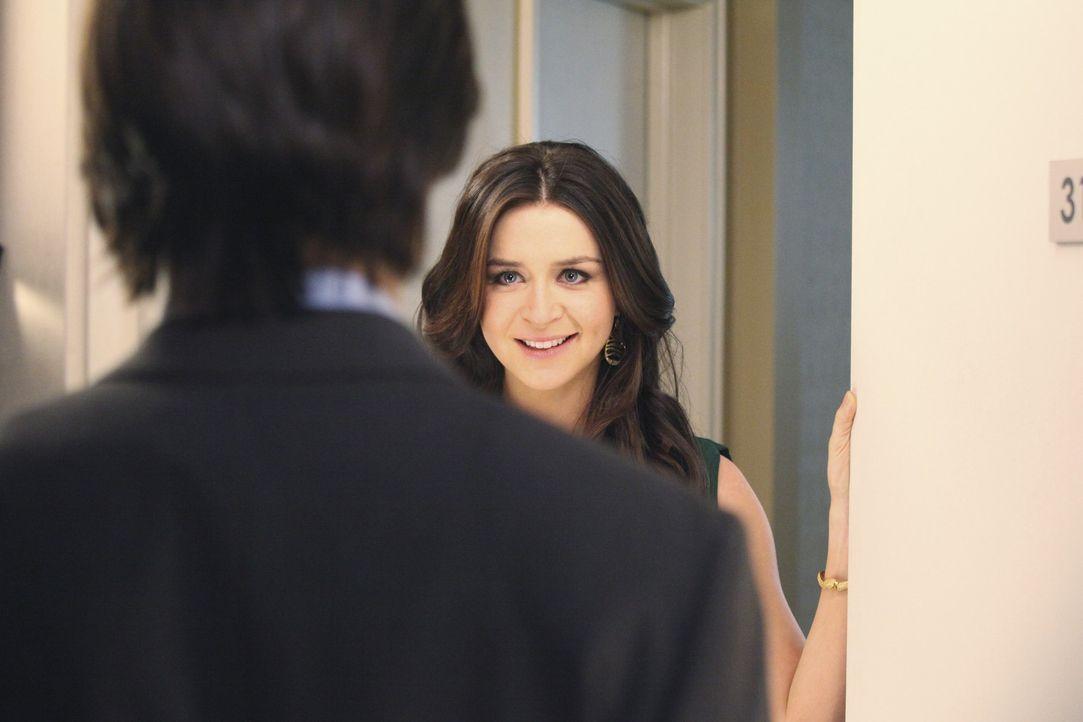 Für einen Eingriff arbeitet Amelia (Caterina Scorsone, r.) mit James (Matt Long, l.) zusammen, was zu einem gemeinsamen Essen führt ... - Bildquelle: ABC Studios