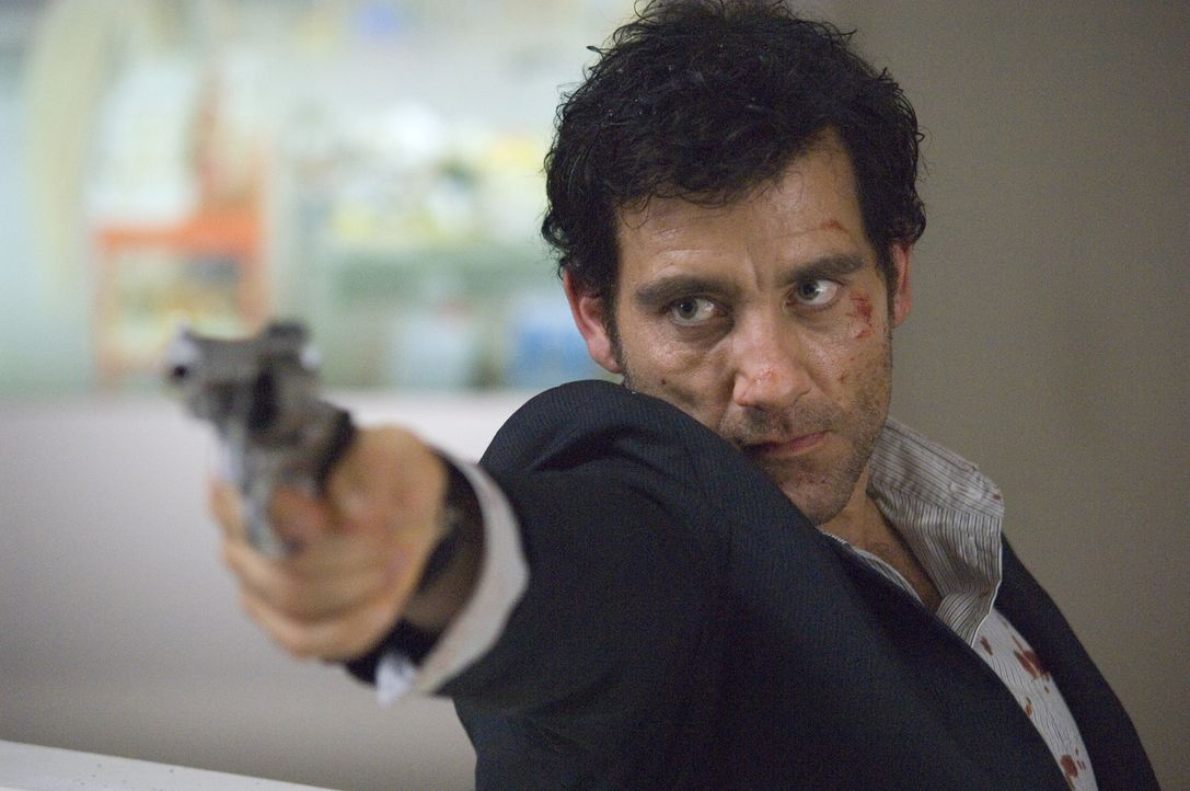 Scheiß auf den Lombardsatz! Zunächst glaubt Interpol-Agent Louis Salinger (Clive Owen) noch, mit handfesten Beweisen könne er den Bankern das Han... - Bildquelle: 2009 Columbia Pictures Industries, Inc. and Beverly Blvd LLC. All Rights Reserved.