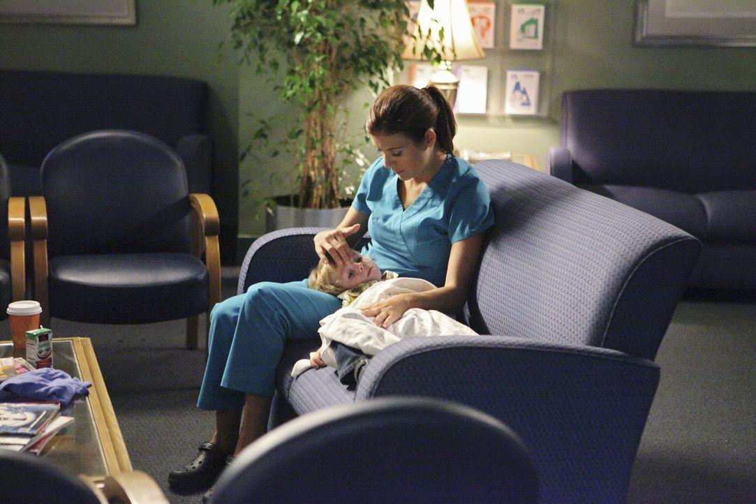 Wird sich ihr Babywunsch jemals erfüllen? Addison (Kate Walsh, l.) ? - Bildquelle: ABC Studios