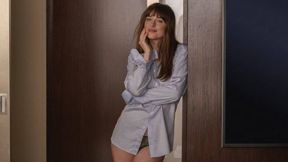 Fifty Shades Of Grey 2 Star Dakota Johnson Hartes Work Out Fur