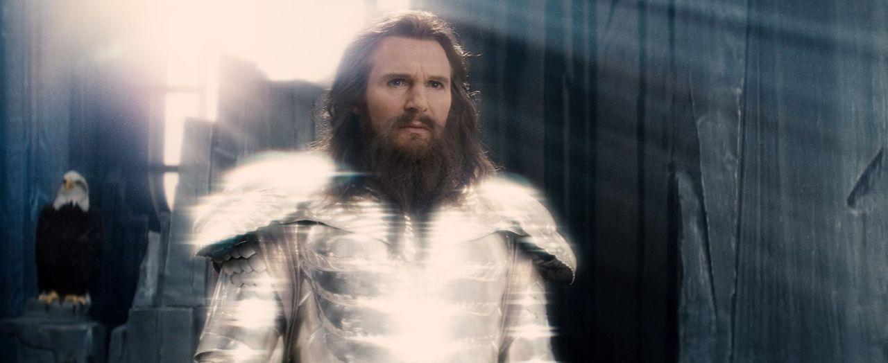 Nachdem die Menschen sich gegen ihn und seine Brüder aufbegehren, trifft Zeus (Liam Neeson) eine weitreichende Entscheidung ... - Bildquelle: 2010 Warner Bros.