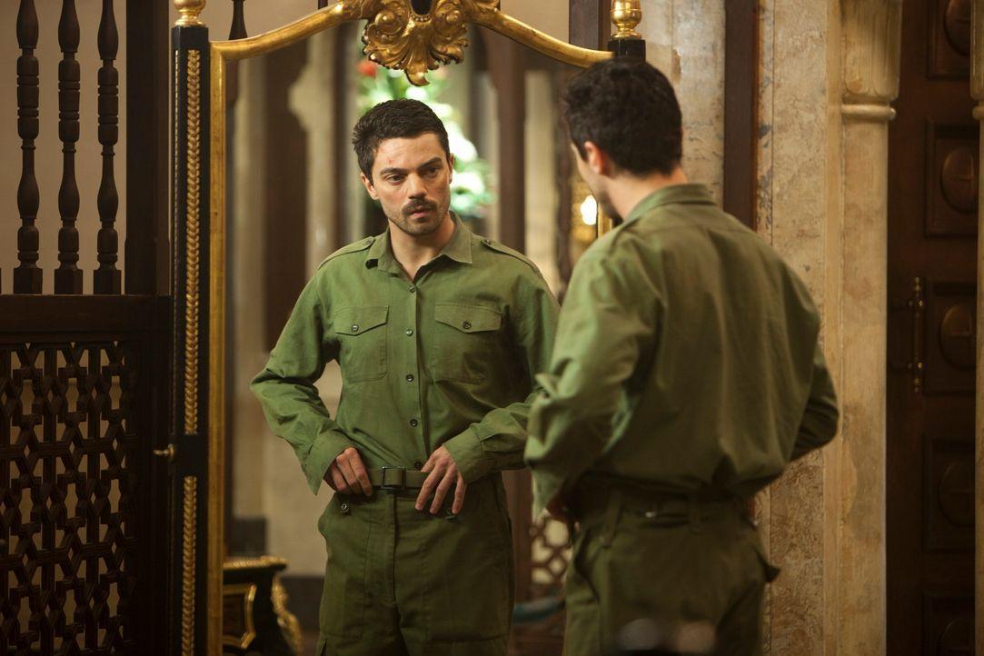 Als Doppelgänger von Saddam Husseins ältestem Sohn beginnt für den irakischen Soldaten Latif Yahia (Dominic Cooper) ein höllischer Albtraum aus dem... - Bildquelle: 2013, Falcom Media