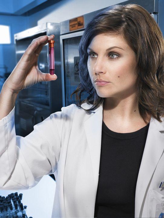 Muss innerhalb kürzester Zeit einen Impfstoff entwickeln: Epidemiologin Kayla Martins (Tiffani Thiessen) ... - Bildquelle: 2006 RHI Entertainment Distribution, LLC
