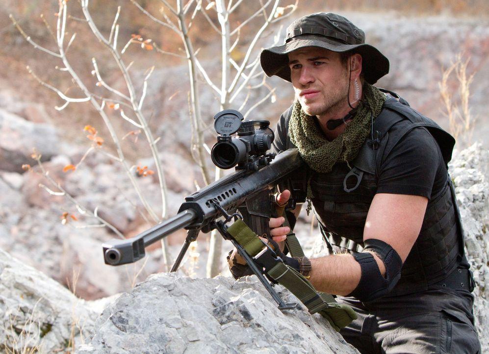 Auch Billy the Kid (Liam Hemsworth) ist ganz neu in der Söldnertruppe von Barney Ross und bereit, für die Rettung der Welt vor einer Atomkatastrophe... - Bildquelle: BARNEY'S CHRISTMAS, INC.  ALL RIGHTS RESERVED