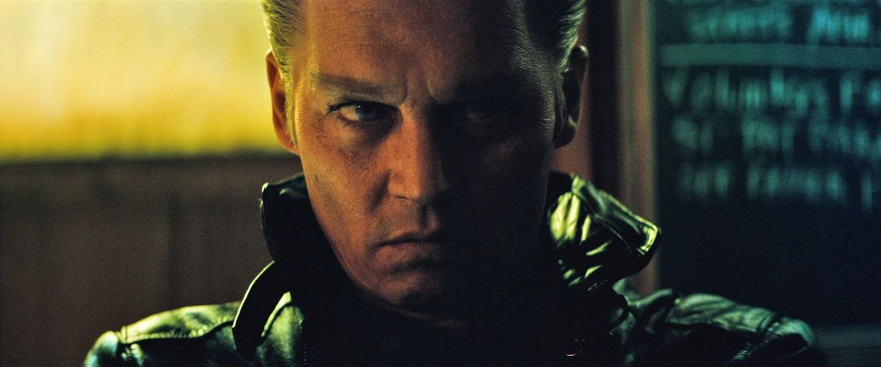 "James ""Whitey"" Bulger (Johnny Depp) - Bildquelle: Warner Bros."