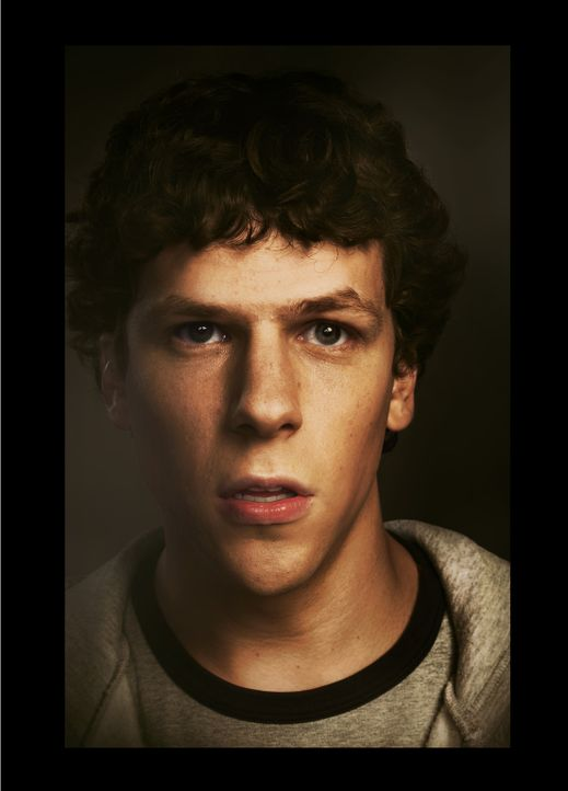 """Man macht nicht 500 Millionen Freunde, ohne sich ein paar Feinde zu machen."" Dies muss auch Facebook-Erfinder Mark Zuckerberg (Jesse Eisenberg) fes... - Bildquelle: 2010 Columbia Pictures Industries, Inc. and Beverly Blvd LLC. All Rights Reserved."