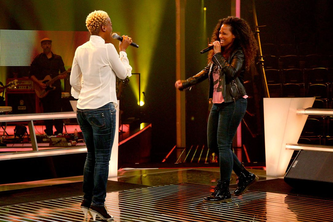 battle-nathalie-vs-asiata-09-the-voice-of-germany-huebnerjpg 1700 x 1133 - Bildquelle: SAT1/ProSieben/Richard Hübner
